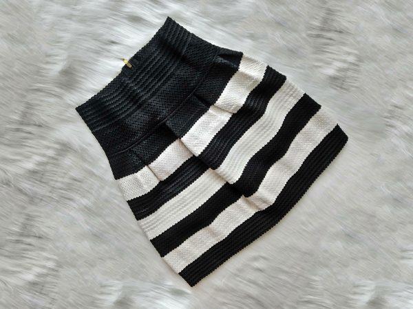 Spódniczka w biało-czarne paski
